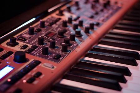 Sintetizador de música